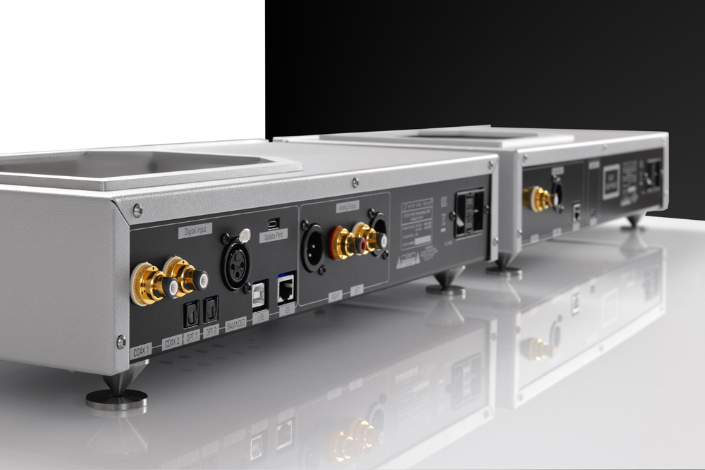 003-north-star-design-venti-768-32-dsd-dac-rear